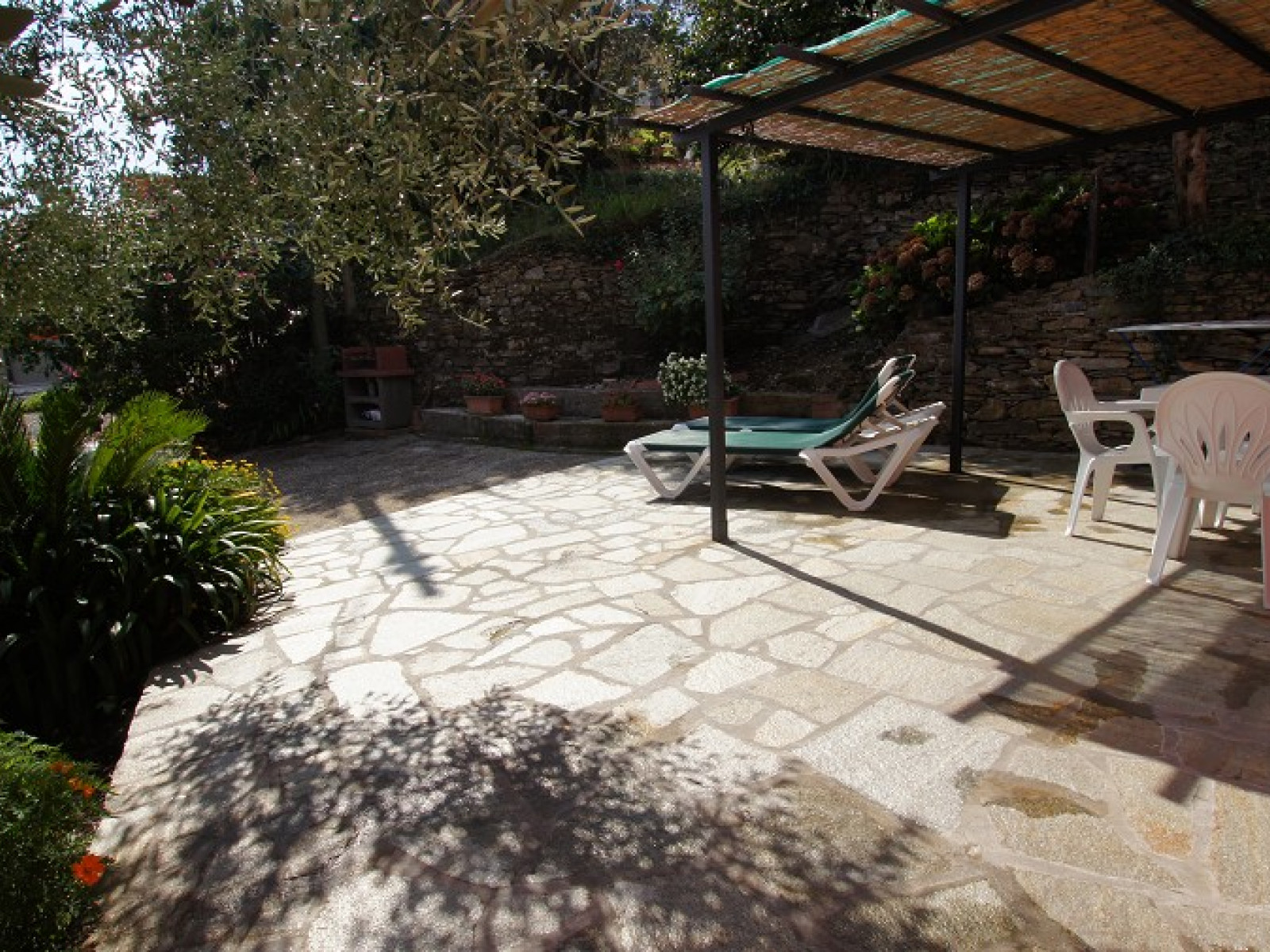 Villa Gioia Diano San Pietro Idyllic, well furnished villa located on...