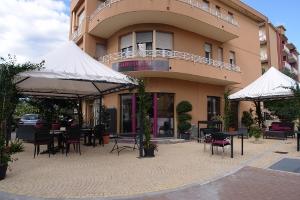 Café Ristorante Aurora Restaurants