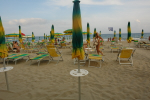 Bagni Cardona Beaches in Liguria