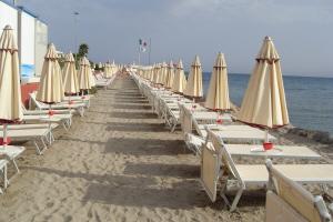 Bagni Solarium Strande i Ligurien