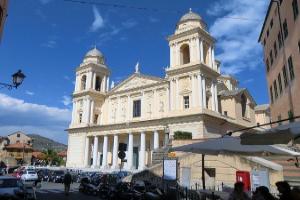 Duomo San Leonardo Kirker i Ligurien