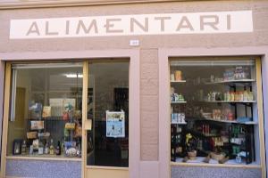 Garessio Kruidenierswinkel in Ligurië