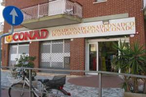 Conad købmandsforretning/Supermarked i Ligurien