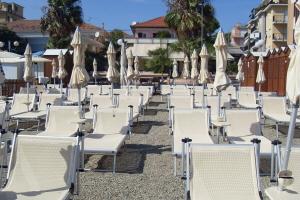 Bagni Il Faro Strande i Ligurien