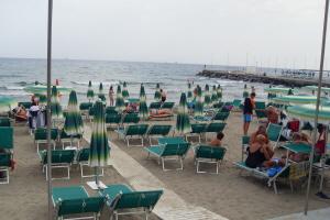 Lido Scogliera Strande i Ligurien