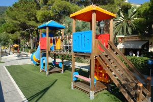 Monterosso Spielplatz in Ligurien