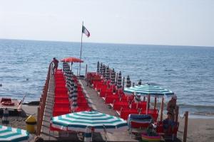 Bagni Marinella** Strande i Ligurien